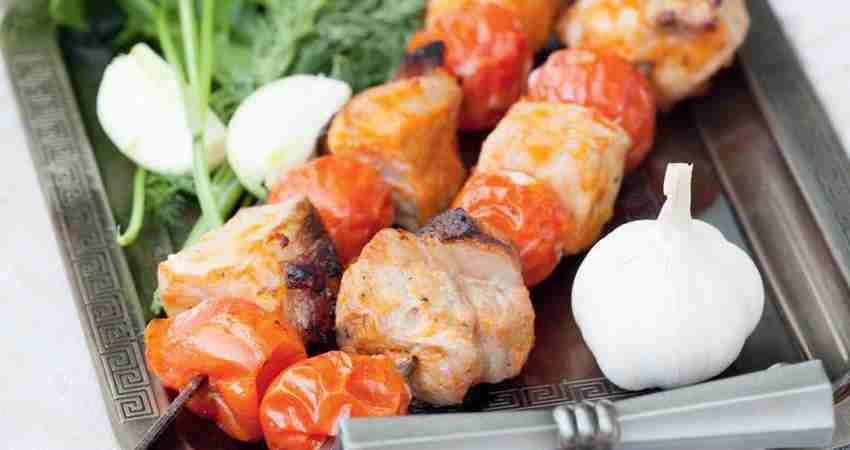 Барбекю из свинины в овощном маринаде