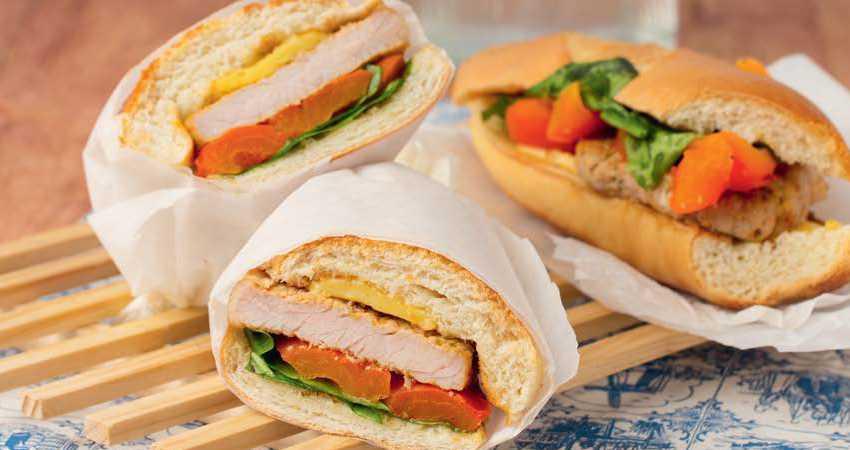 Сэндвичи со свиным стейком, паприкой и сыром