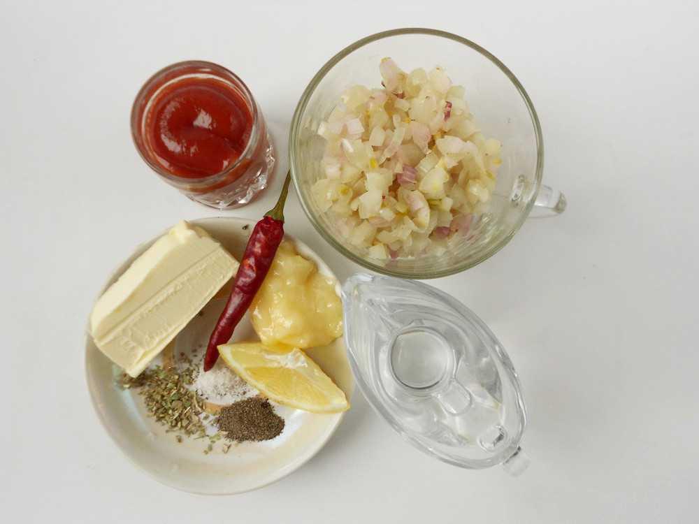 Ингредиенты соуса барбекю для клаб-стэйка